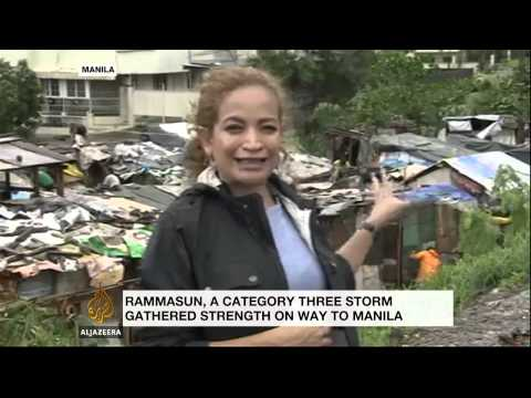 Deadly typhoon slams Philippines