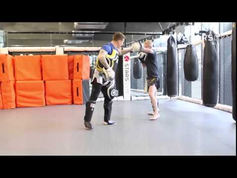 Muay Thai Pad Training with Mati Parks Head Coach @ Stars Gym London Image 1