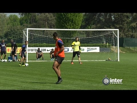 ALLENAMENTO INTER REAL AUDIO 14 04 2014