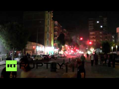 Egypt: Violent clashes in Cairo set streets on fire