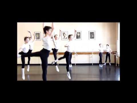 Szkoła Baletowa W Warszawie