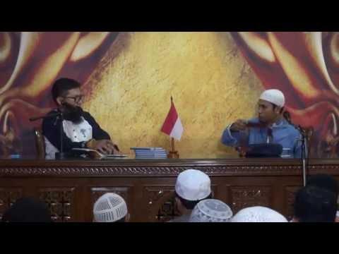 Ustadz Abu Usamah Lc -   Dengan Siapa Kau Berteman ?