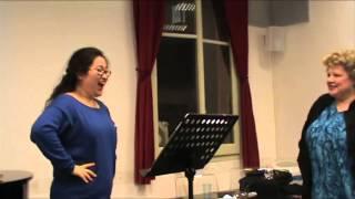 Una lezione presso la Scuola dell'Opera Italiana
