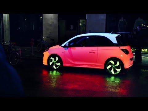 The Color Changing Car (Opel Adam)