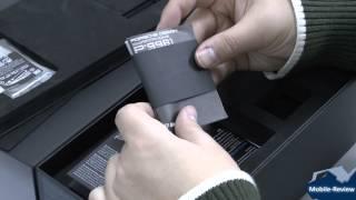 Распаковка черного Blackberry Porsche Design P9981
