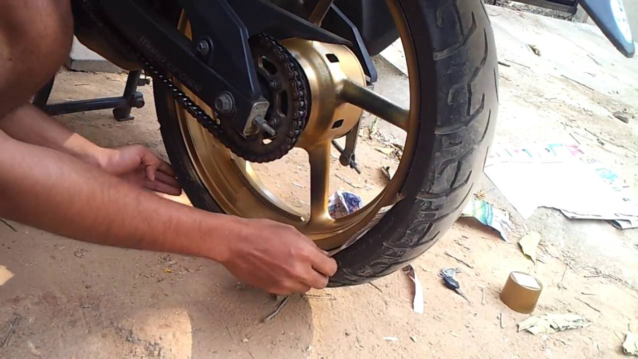 yamaha fazer mod golden alloy wheels with spray paint youtube. Black Bedroom Furniture Sets. Home Design Ideas