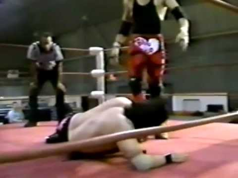Joe E Legend & Sexton Hardcastle (edge) Vs. El Fuego Kid & Johnny Paradise (swinger) (1995) video