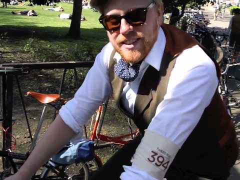 The Schindelhauer Siegfried on Tweed Run 2011