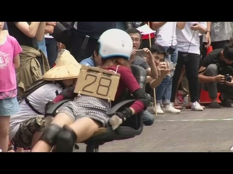 Office chair racing hits the streets of Taiwan