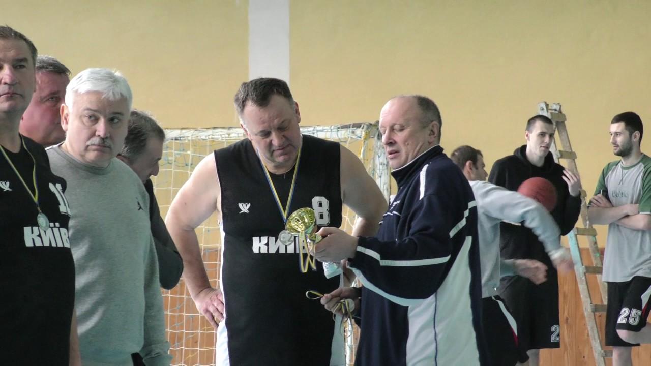 Баскетболісти Прикарпаття 50+ стали найкращими в Україні
