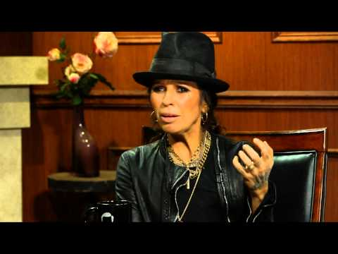 The Pink And Linda Perry Feud | Linda Perry Interview | Larry King Now - Ora Tv video
