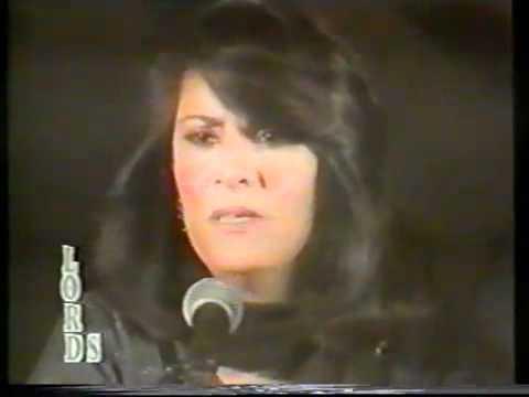 Tina Sani Live - Bahar Aai To Jaise.flv