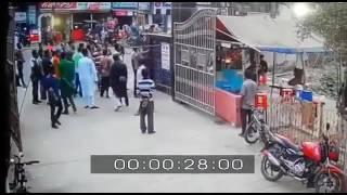 ফেনী মডেল থানা গেটের ফলক ভাঙ্গার ভিডিও ফুটেজ