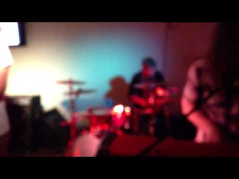 Babe - Hang Me Up To Dry at The Spot Tyler TX (9-14-13)