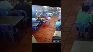 Đâm chém nhau kinh hoàng trong quán nhậu ở Tân Uyên - Bình Dương 24H