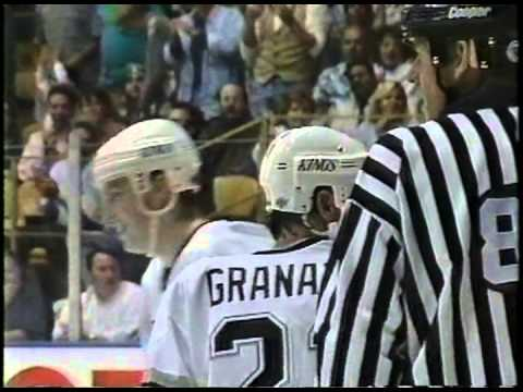 Vancouver Canucks - 7 @ Los Angeles Kings - 7 OT October 12, 1995 Wayne Gretzky Pavel Bure