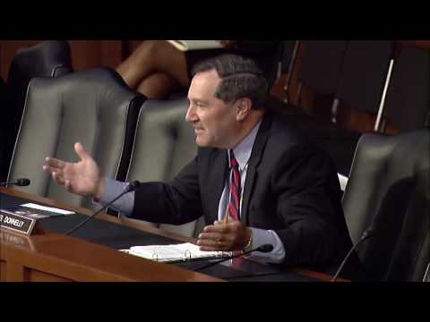 Sen. Donnelly questions Federal Reserve Chair Janet Yellen during a Senate Baking hearing