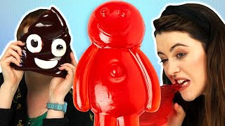 Irish People Try GIANT Gummy Candy (Jelly Baby! Poop!)
