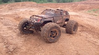 Axial SCX10 Jeep Wrangler Unlimited & Traxxas Summit - Swimming