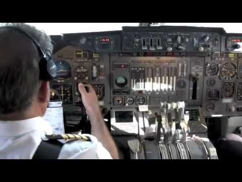 رائع من داخل طائرة اف ١٨ عالي الدقة