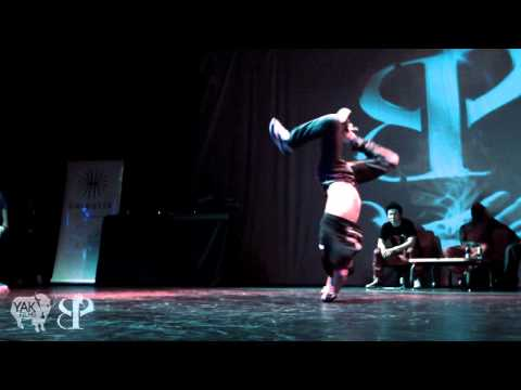 8 One Powermoves 2011 Bboy Battle Dourdan, France | YAK FILMS