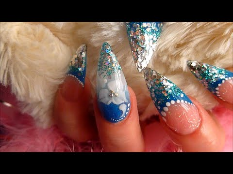 ULTRAMARINE ACRYLIC NAILS WITH ENCAPSULATED FLOWER | ABSOLUTE NAILS