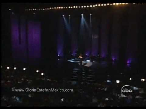 Selena - Cien A?Os (english Translation)