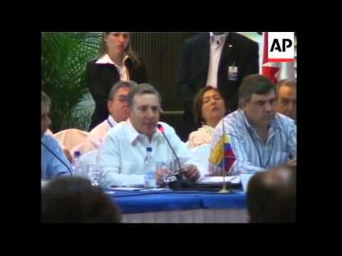 Latin American presidents sign energy accord