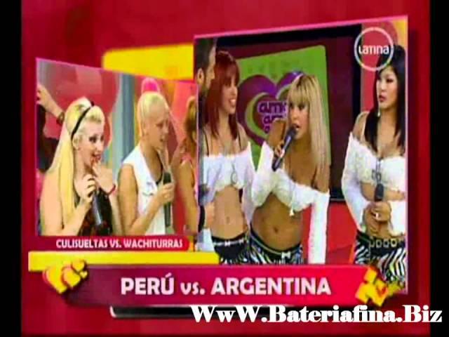 la pelea entre las culisueltas y las wachiturras peruanas
