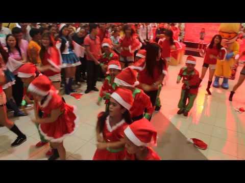Virginia Foods Inc. Christmas Elves Fun Dance-LKKS Cagayan de Oro