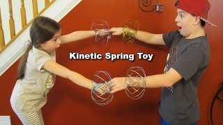 Kinetic Spring TOY - Fun Cool Different - Review & Test