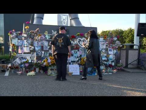Fans bij herdenking Michael Jackson in Best