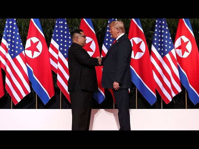 Trump gives press conference after summit with Kim Jong Un в watch live