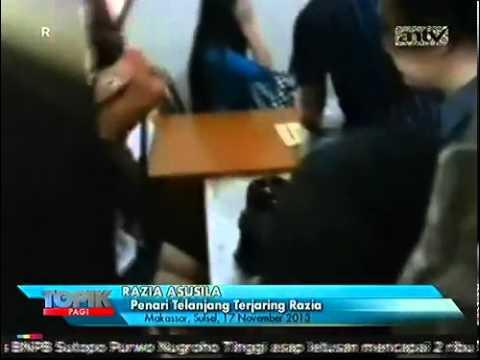 Penari Telanjang Striptease di Makassar