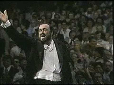 Luciano Pavarotti. 1987. Nessun dorma. Madison Square Garden. New York