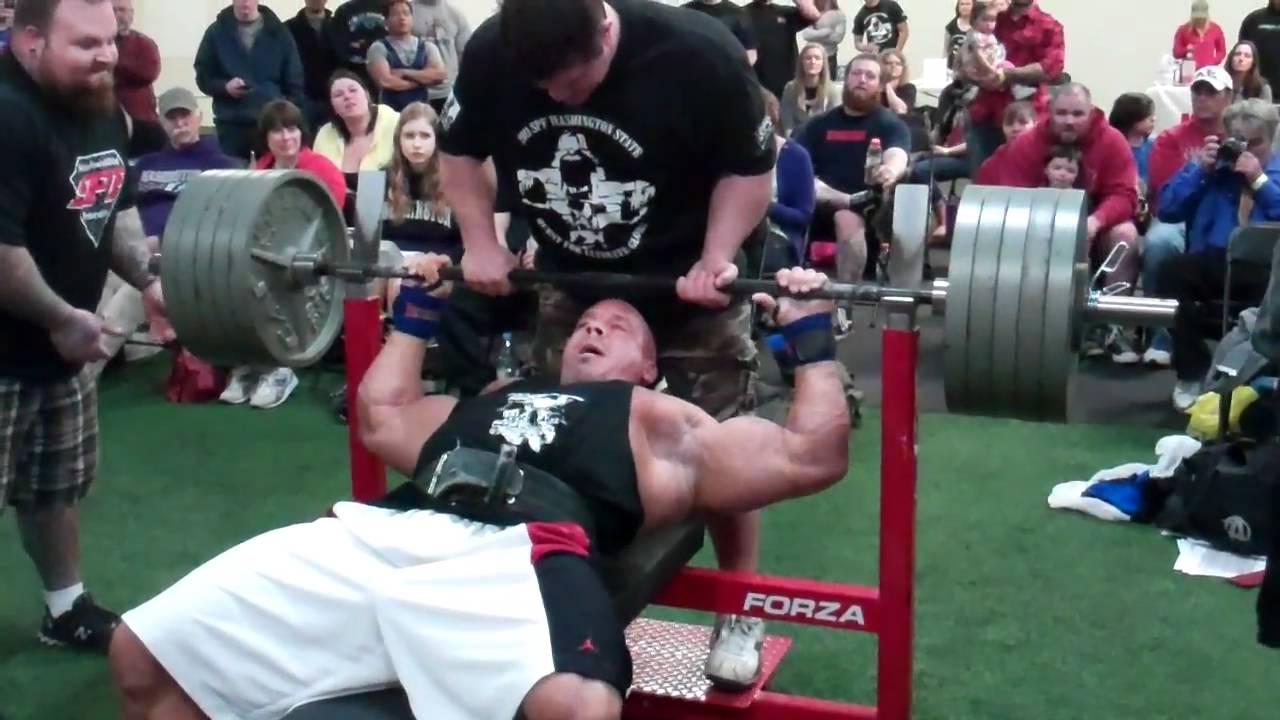 Stan Efferding Bench Pressing 500 Pounds For 7 Reps 1