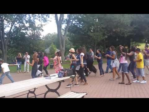 Flash mob Proposal in Naperville #LeoandGigi