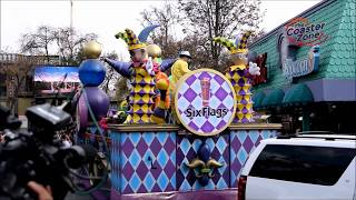 Six Flags Mardi Gras Carnaval - Desfile inaugural completo