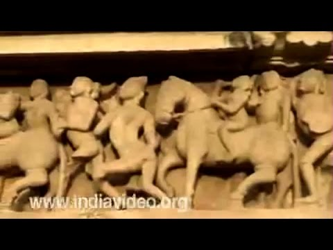 For more information on this video click - http://www.indiavideo.org/madhyapradesh/heritage/monuments/temples/khajuraho-lessons-of-lovemaking-718.php#Desc Vi...