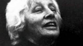 Watch Malvina Reynolds The Albatross video
