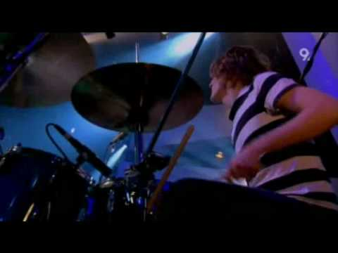 Razorlight - I Can&#039;t Stop This Feeling (Live Jools Holland 2006)