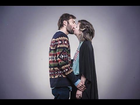 יהודים וערבים מתנשקים | Jews & Arabs Kiss | عرب ويهود يتباوسو
