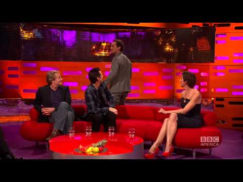 "Jude Law Demonstrates Back Acting, or the ""Bacting"" Method - The Graham Norton Show on BBC America"