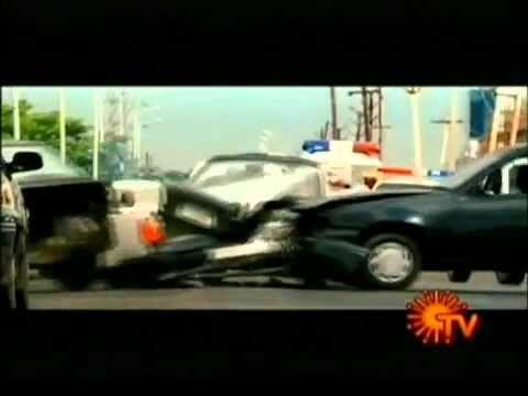 Robo Vs Enthiran.mp4 video