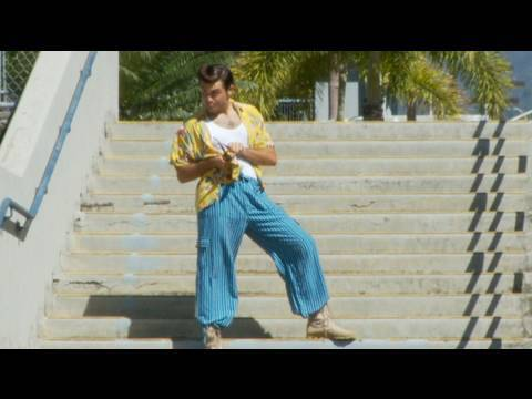 Ace Ventura Goes Back To High School