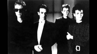 Watch Bauhaus Dark Entries video