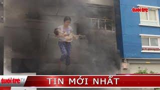 ⚡ NÓNG | Đang cháy lại tại chung cư Carina, nhiều người dân bồng con tháo chạy