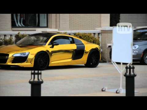 Audi R8 Metalli Gold: Tyga Swags in Beverly Hills With Custom Car