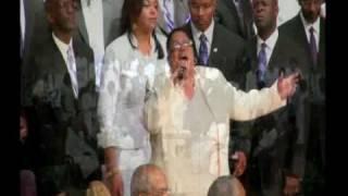 Vídeo 32 de GMWA Mass Choir