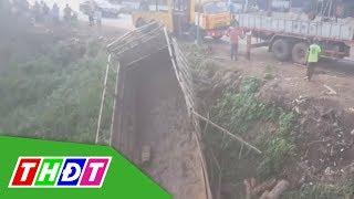 Bình Phước: Xe tải tông xe ba gác, 2 người tử vong tại chổ | THDT